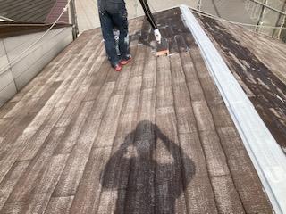0525屋根塗装 プライマー塗布2|大阪市住吉区N様邸外壁塗装・屋根塗装工事 | 外壁・屋根塗装専門店 ペイントプロ