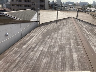2021525屋根高圧洗浄後紹介 大阪市住吉区N様邸外壁塗装・屋根塗装工事   外壁・屋根塗装専門店 ペイントプロ