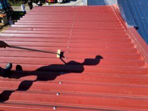 屋根ケレン1|O牧場様屋根塗装工事 | 大阪市の外壁塗装・屋根塗装専門店 ペイントプロ