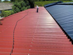 屋根ケレン2|O牧場様屋根塗装工事 | 大阪市の外壁塗装・屋根塗装専門店 ペイントプロ