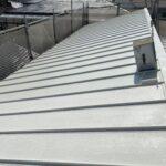 210709_上塗り1_2 大阪市住吉区K様邸外壁塗装・屋根塗装工事   外壁・屋根塗装専門店 ペイントプロ