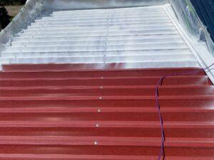 210722_屋根下塗り2 O牧場様屋根塗装工事   大阪市の外壁塗装・屋根塗装専門店 ペイントプロ