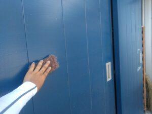 ドア_ケレン中 O牧場様屋根塗装工事   大阪市の外壁塗装・屋根塗装専門店 ペイントプロ