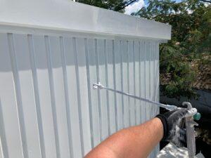 壁_上塗り1回目 O牧場様屋根塗装工事   大阪市の外壁塗装・屋根塗装専門店 ペイントプロ