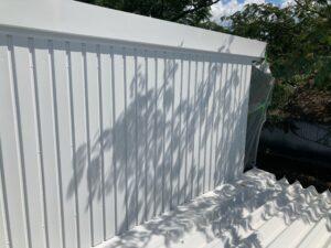 壁_上塗り1回目完了 O牧場様屋根塗装工事   大阪市の外壁塗装・屋根塗装専門店 ペイントプロ