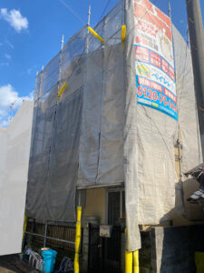 足場設置工事完了1|K様邸外壁塗装工事 | 大阪市の外壁塗装・屋根塗装専門店 ペイントプロ