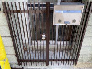 210730_門扉上塗り完了 鉄部塗装工事 K様邸外壁塗装工事