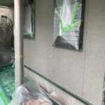 1A_K様邸外壁塗装・屋根塗装工事 外壁下塗り作業写真/大阪市住吉区・東住吉区の外壁・屋根塗装専門店 ペイントプロ