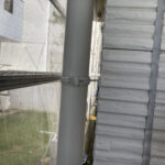 3_Y様邸外壁塗装・屋根塗装工事 雨樋ケレン後写真/大阪市住吉区・東住吉区の外壁・屋根塗装専門店 ペイントプロ