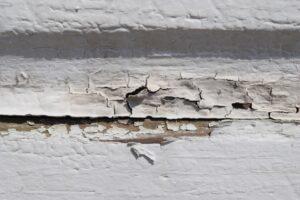 外壁塗膜はがれ画像/大阪市住吉区・東住吉区の外壁・屋根塗装専門店 ペイントプロ